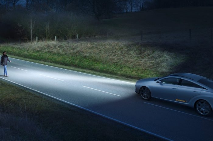 Adaptable headlights could improve road safety by 2020