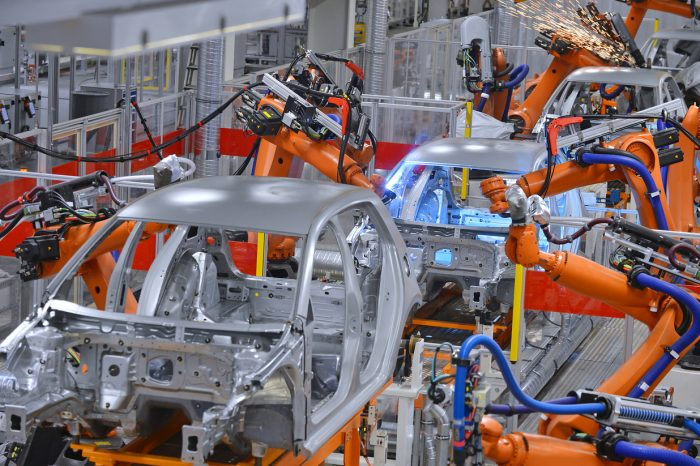 The automotive industry is the largest Romanian customer for robot builders, says IFR