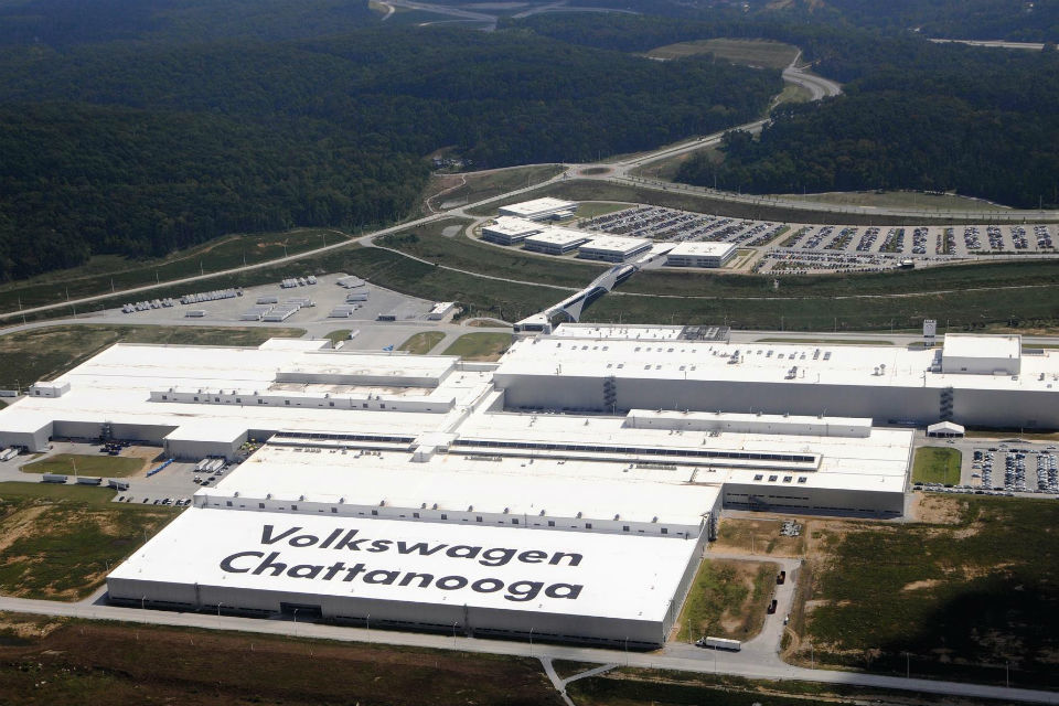 Volkswagen to invest 800 million USD, build new electric vehicle in U.S.