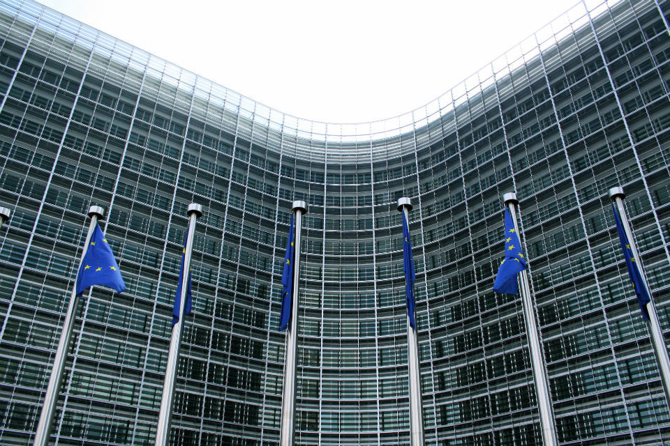 EU charges German carmakers with blocking emissions cleaning technology