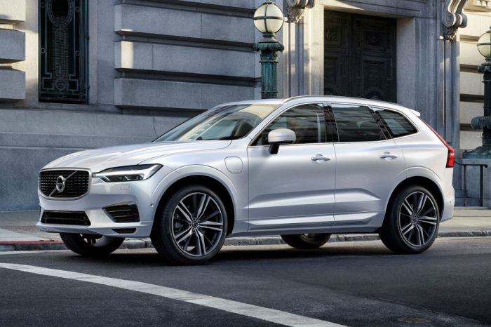 Volvo to impose 180 kph speed limit on all cars to highlight dangers of speeding