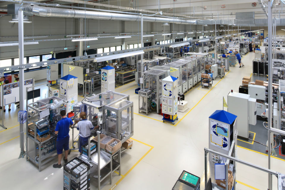 Autoliv to move production from Sweden to Romania