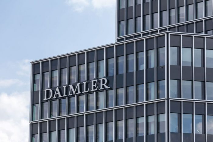 Daimler's Q2 EBIT hit by coronavirus, restructuring costs