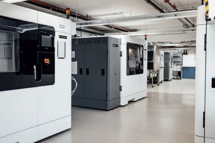 Daimler offers support with the production of medical equipment in fight against COVID-19