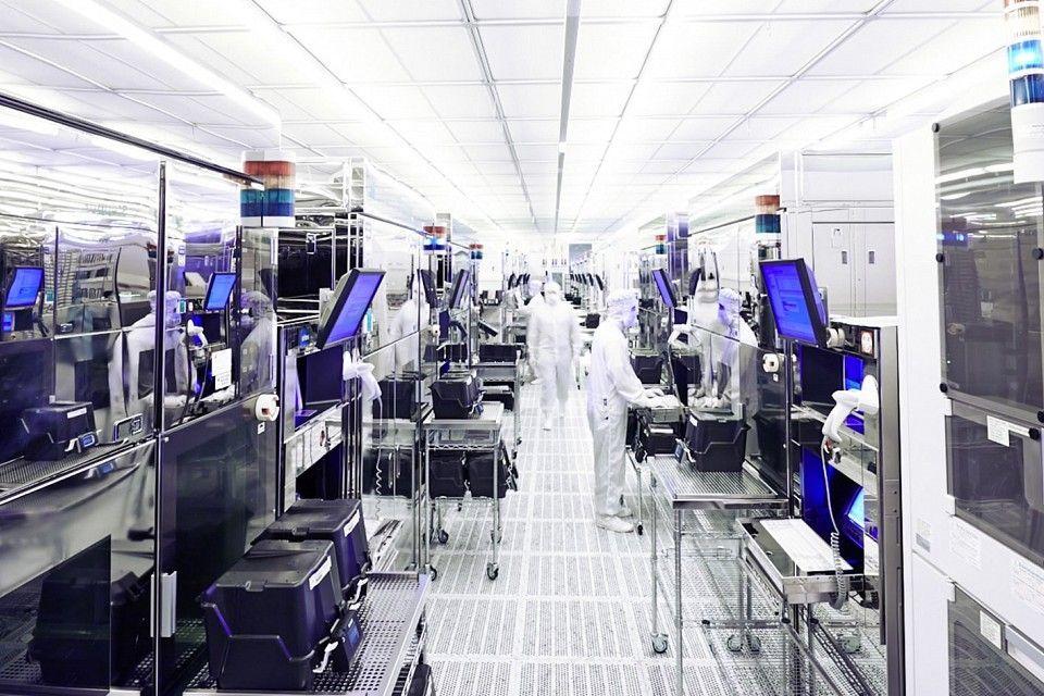 Infineon estimates 2.5 million 'lost cars' due to chip shortage