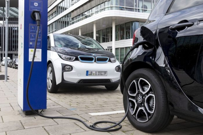 Bosch develops recharging services for European EV customers