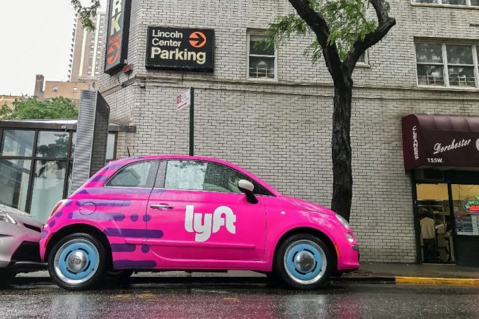 Lyft to provide drivers with partition shields as coronavirus protection