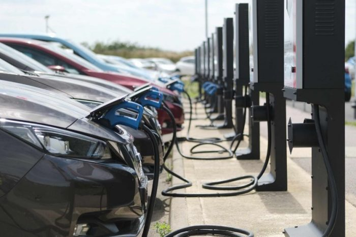 Electric vehicles surge to 10.5 percent market share in 2020: ACEA