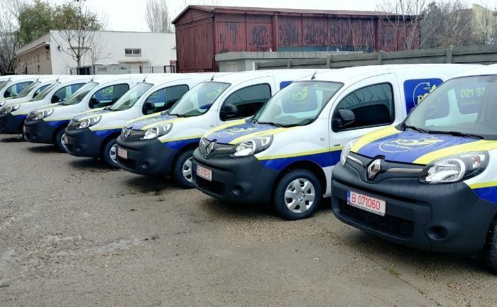 Posta Romana acquires 15 electric vans for its postal services in Bucharest