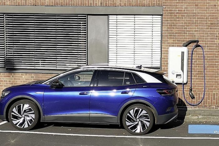 Volkswagen starts pilot phase for new DC wallbox