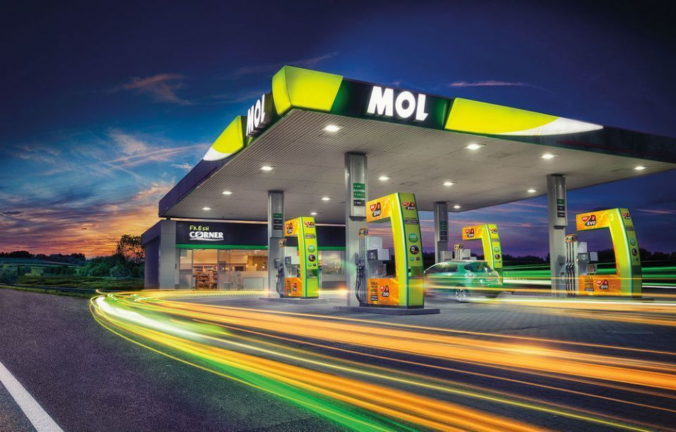 MOL launches MOL Plugee app for EV charging